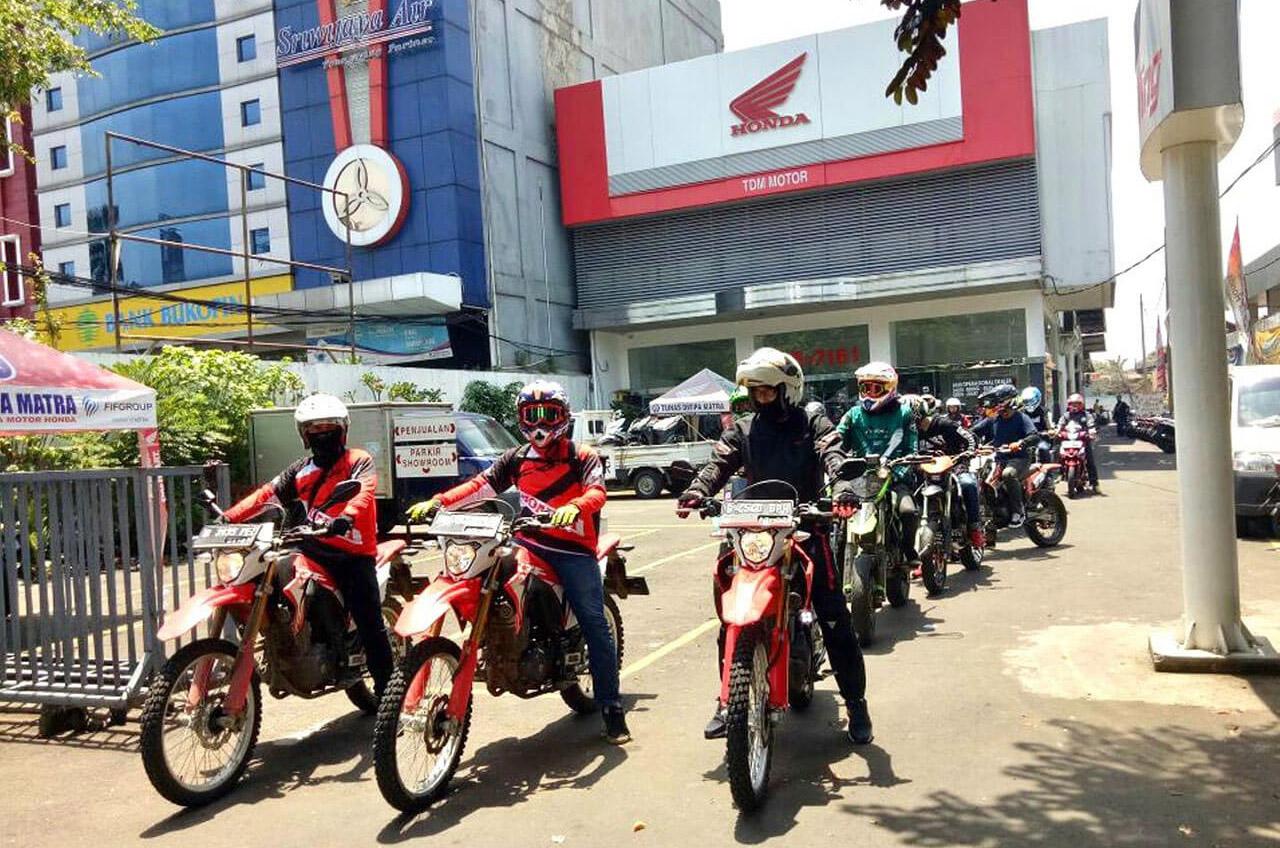 """Honda CRF150L Supermoto, """"Nampang"""" Di Komunitas"""