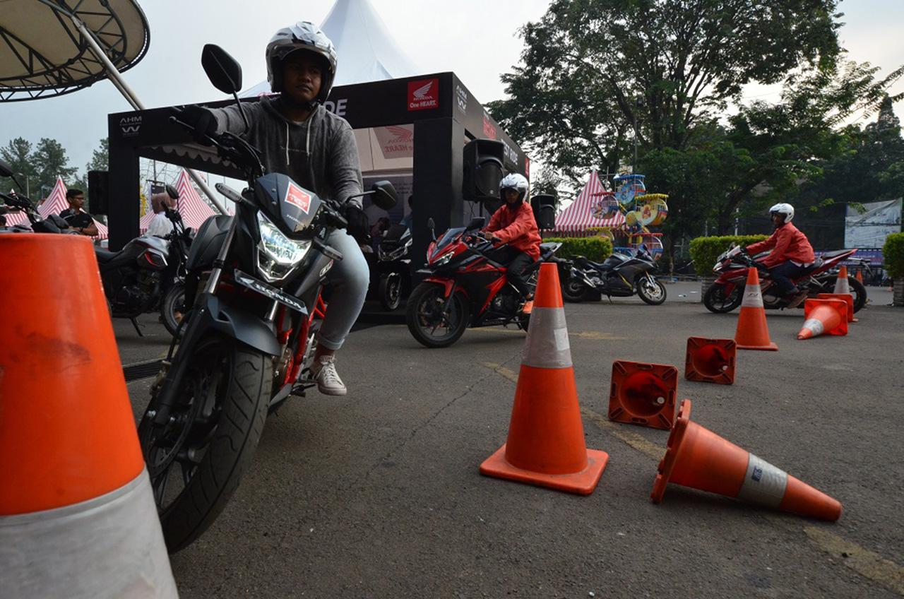 Empat Sport Honda 'Tantang' Konsumen Cibubur