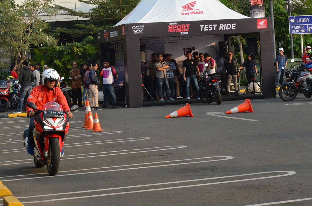 Honda Sport Motoshow 2018 Upaya Ajak Konsumen Buktikan Ketangguhan Sport Honda