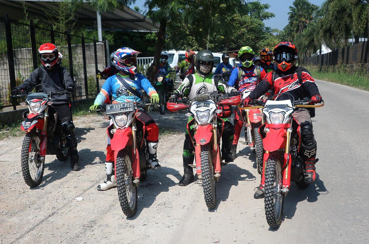 Honda Roadventure CRF150L 'Demam' Adventure Landa Komunitas Honda Jakarta Dan Tangerang