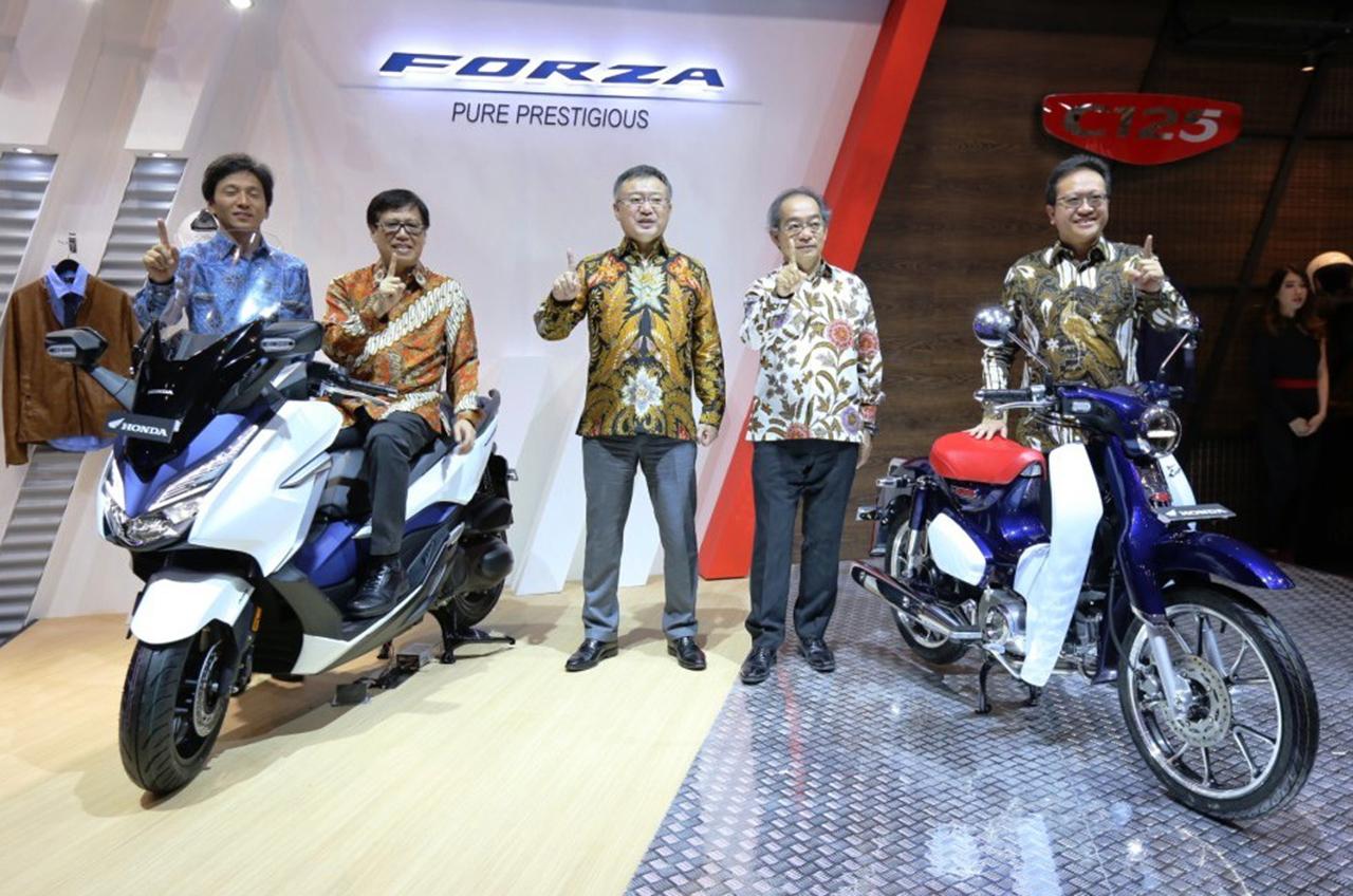 AHM Hadirkan Beragam Motor Premium Honda Di GIIAS 2018