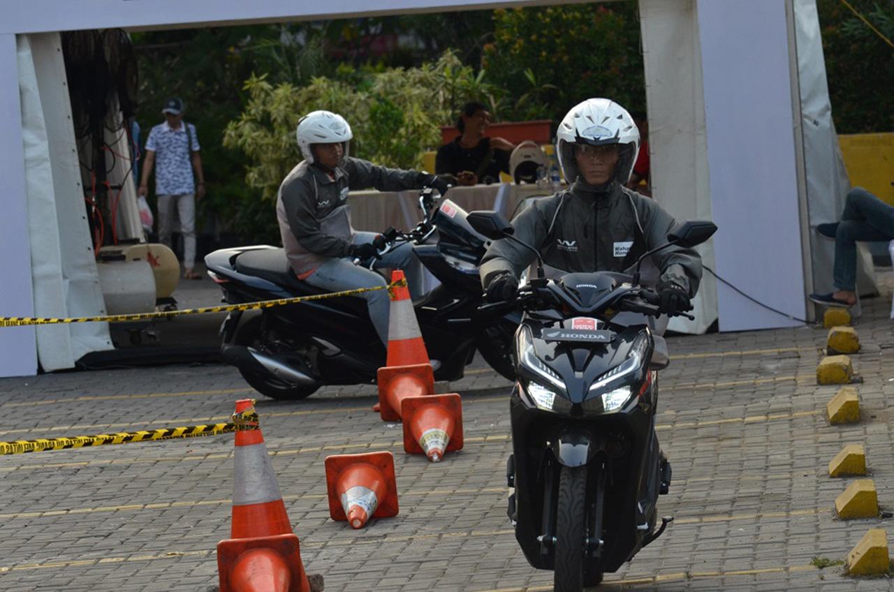 Penjualan Skutik Premium Honda 'Moncer'