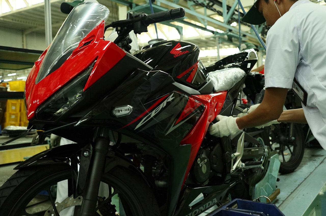 AHM Hadirkan New Honda CBR150R Yang Semakin Sporti
