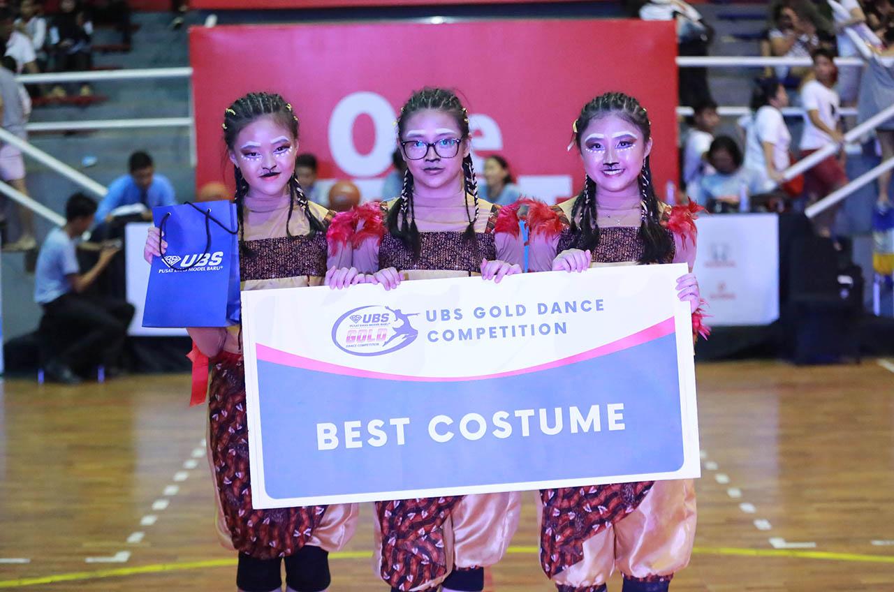 SMA Kharisma Bangsa UPH College Ukir Sejarah Debutan, Juara