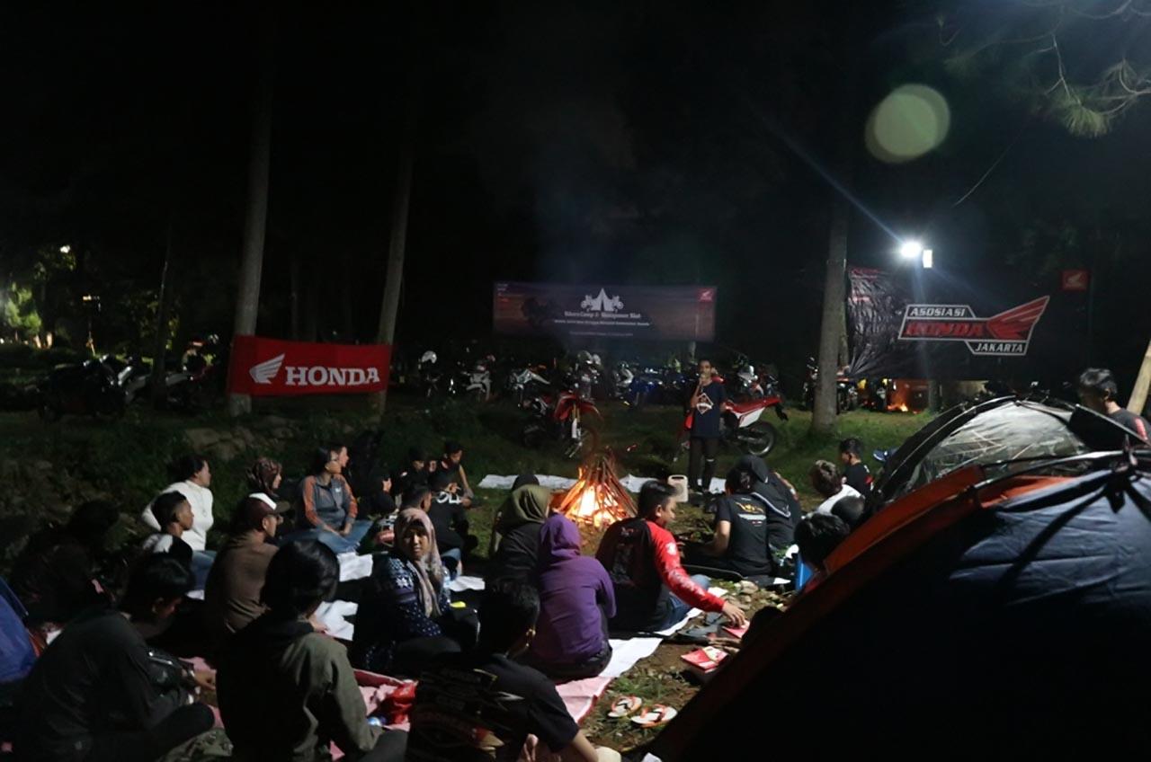 Lengkap, Turing, Sharing Hingga Camping Ala Komunitas