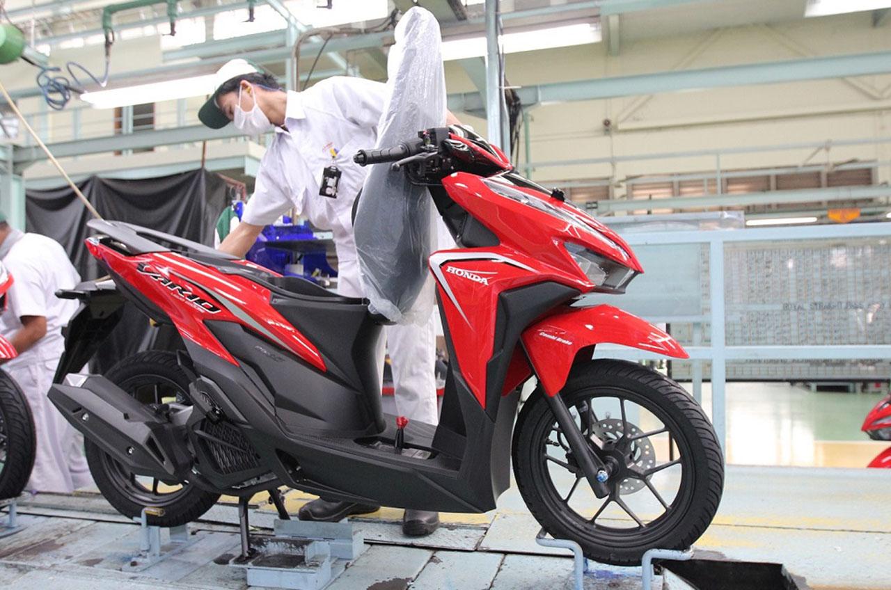 Skutik Populer Honda Vario Tampil Baru