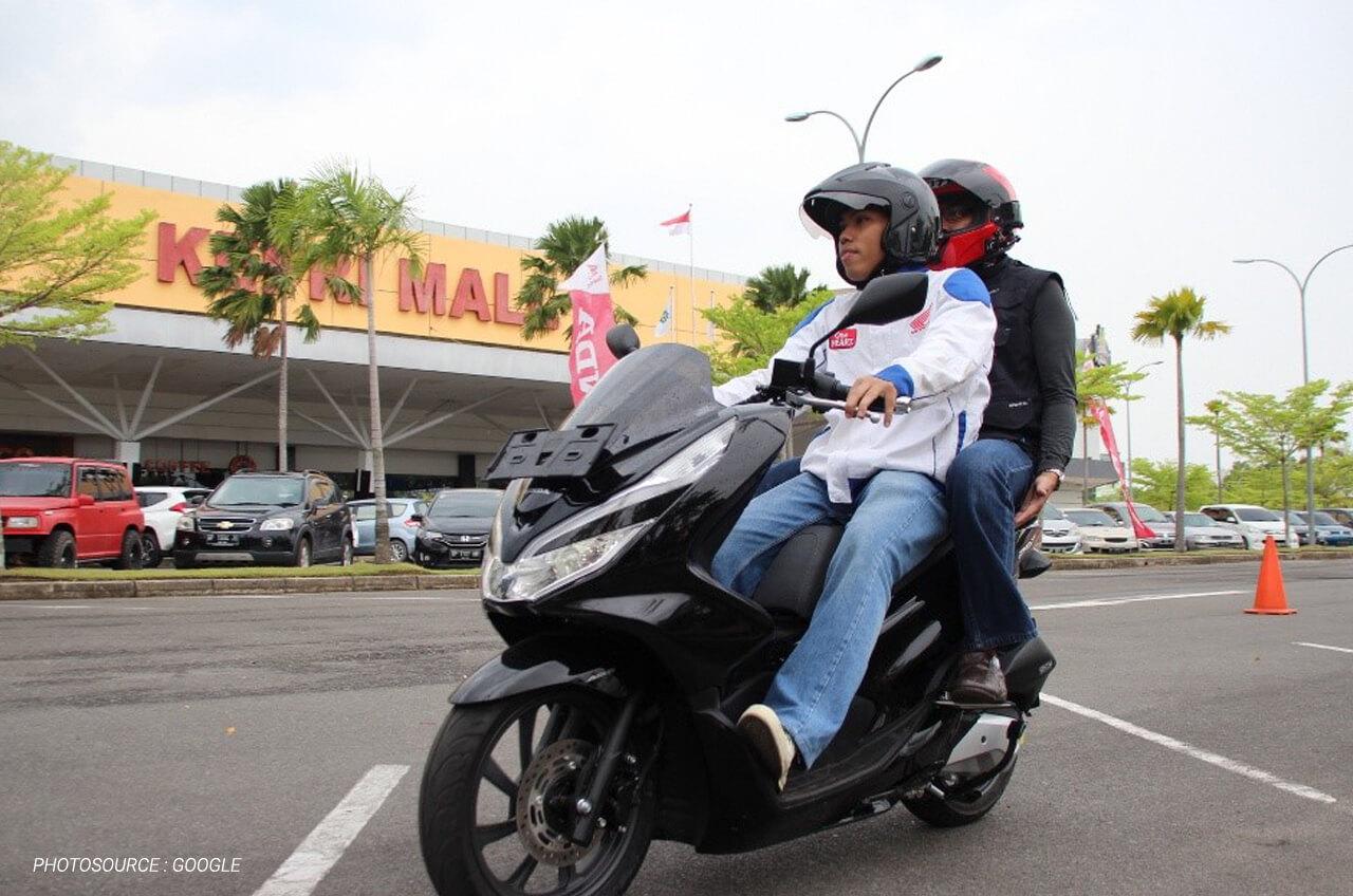 Tips Bonceng Sepeda Motor Yang Aman