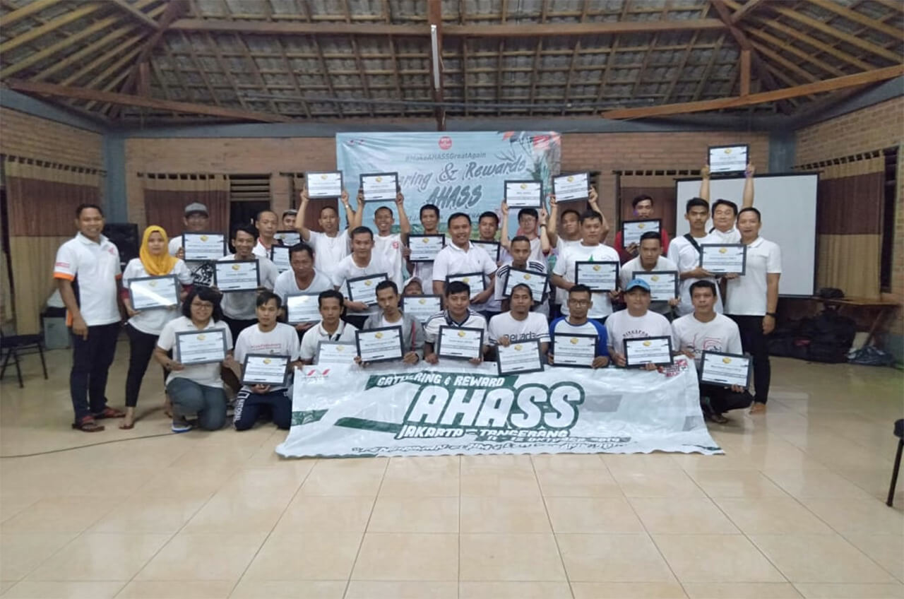 Sambil Gathering, AHASS Terbaik Dapat Penghargaan