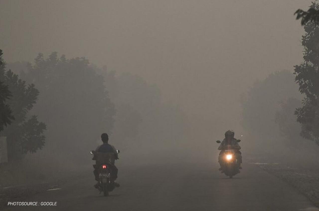 Berkendara Di Tengah Kabut Asap Apa Yang Harus Dilakukan