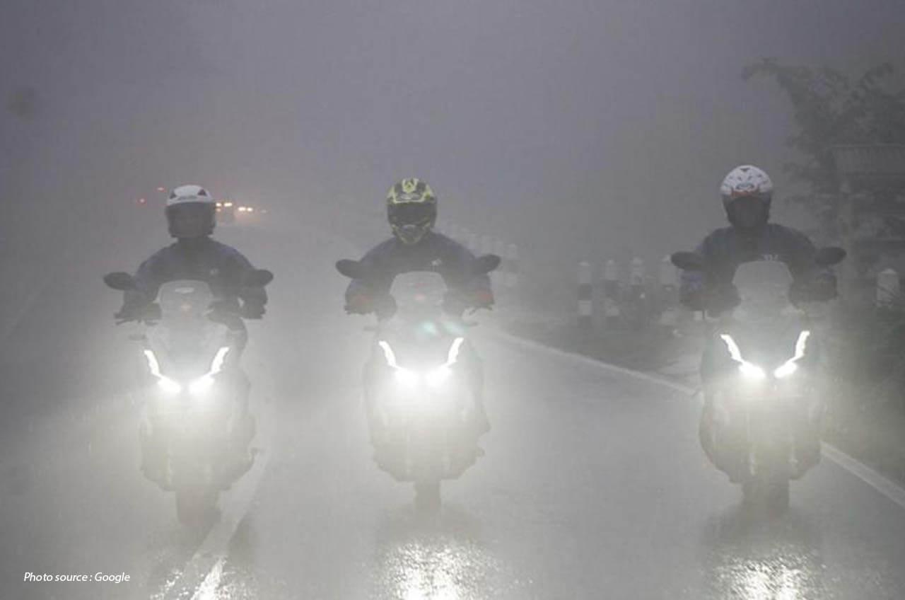 Mempersiapkan Diri Berkendara Dengan Aman Saat Musim Hujan