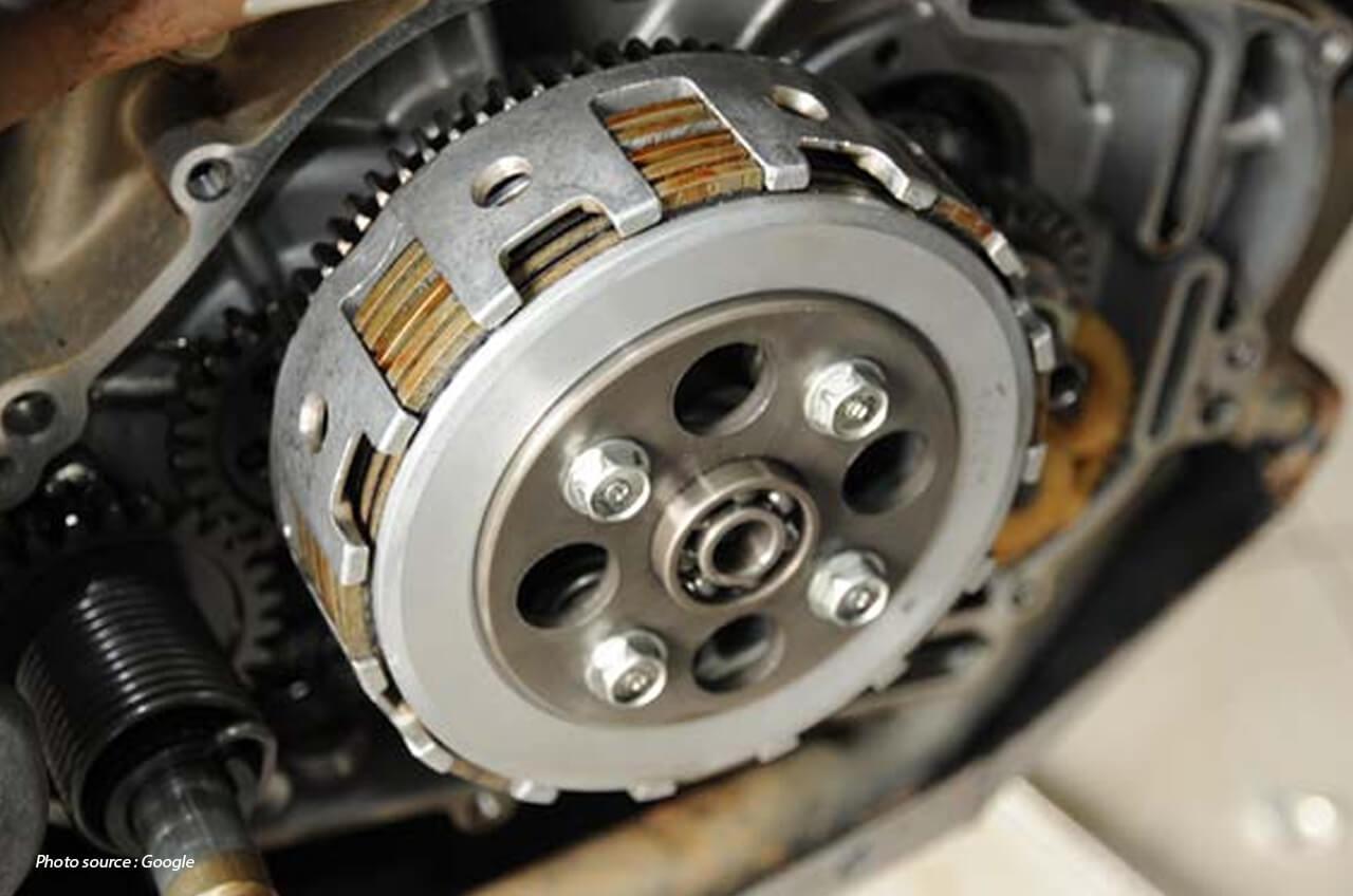 Jangan Sembarang Pasang Pelat Kopling Motor, Biar Kampas Ga Aus!