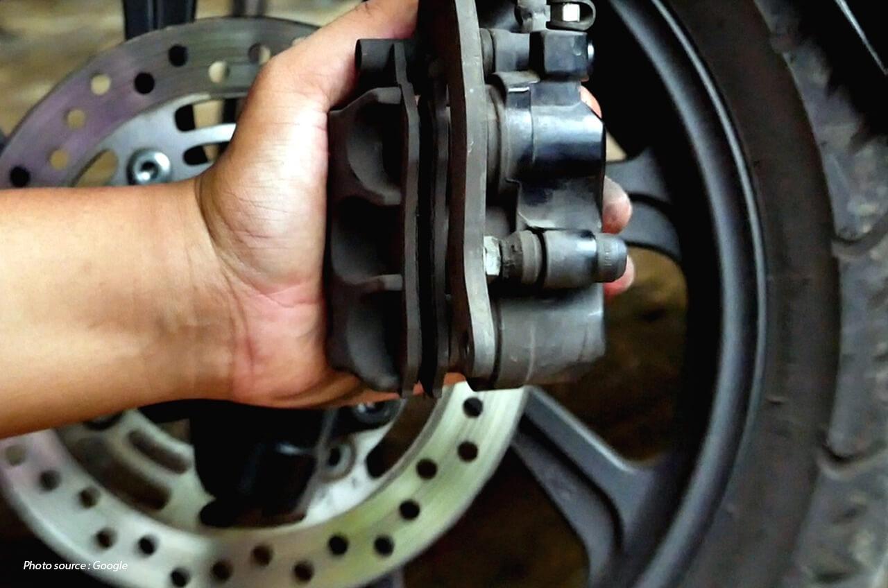 Habis Beli Motor Bekas, Terus Kampas Remnya Habis Sebelah?