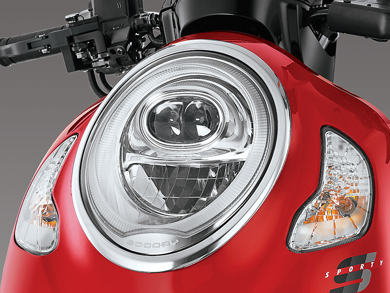 Garnish Headlight - Honda Scoopy